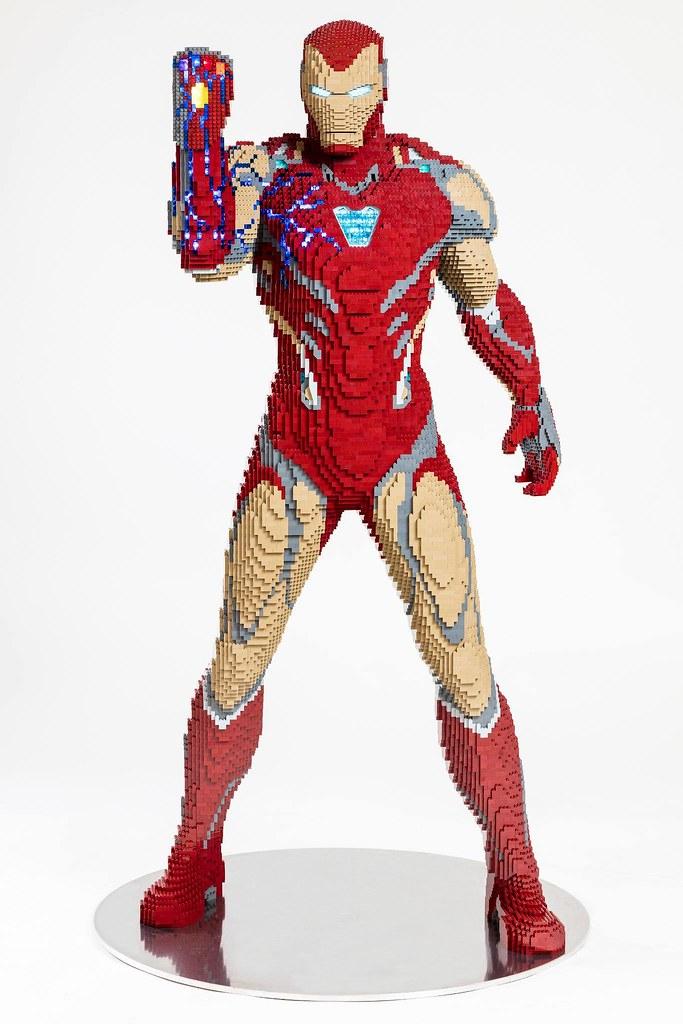 戴上奈米手套的鋼鐵人、豪華的偵探漫畫第1000回變體版封面 將以巨大樂高模型之姿在2019 SDCC 登場!