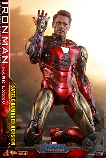 """I Am Iron Man!"" Hot Toys– MMS543D33《復仇者聯盟:終局之戰》鋼鐵人馬克85 (戰損版) Iron Man Mark LXXXV (Battle Damaged Version) 1/6 比例人偶作品"