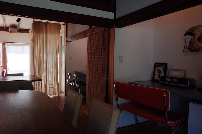 みさきまぐろきっぷの旅 三崎港ミサキドーナツ2Fテーブル席