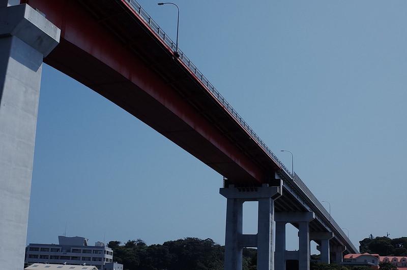 みさきまぐろきっぷの旅 三崎港にじいろさかな号から臨む城ヶ島大橋