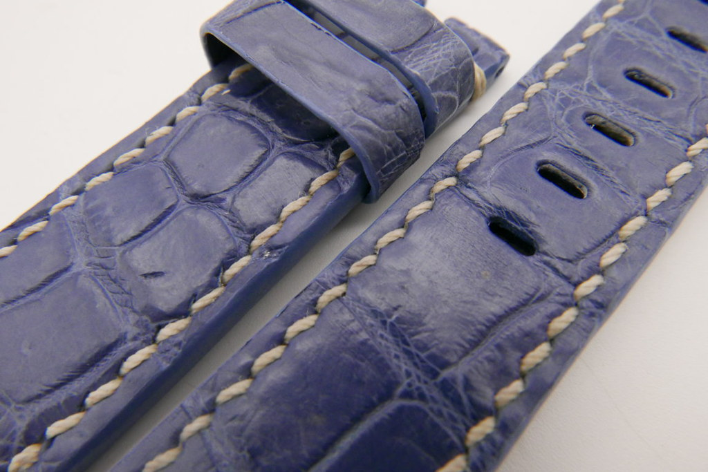 P1480148 (FILEminimizer)   by Ziczac Leather