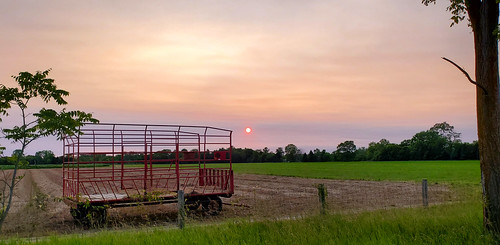 sunset sun hay field farm farming ag agriculture rural haze summer wolcottmillmetropark raytownship michigan