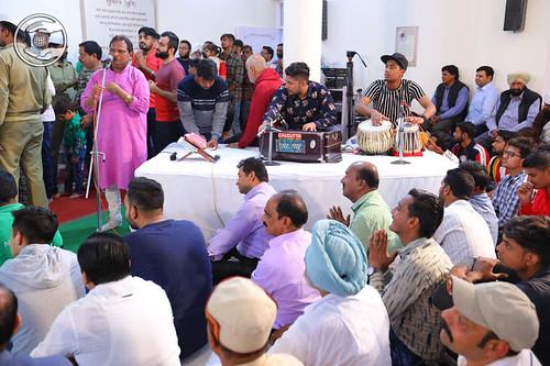 Devotional song by Jeevan Singh from Delhi