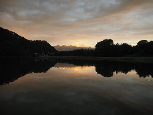 f6234038jpg koaxial ossiach see lake water maountains austria österreich shadows silhouette reflection spiegelung landscape landschaft nature natur