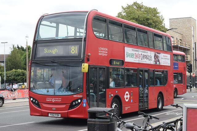 LU ADE40442 @ Hounslow West tube station