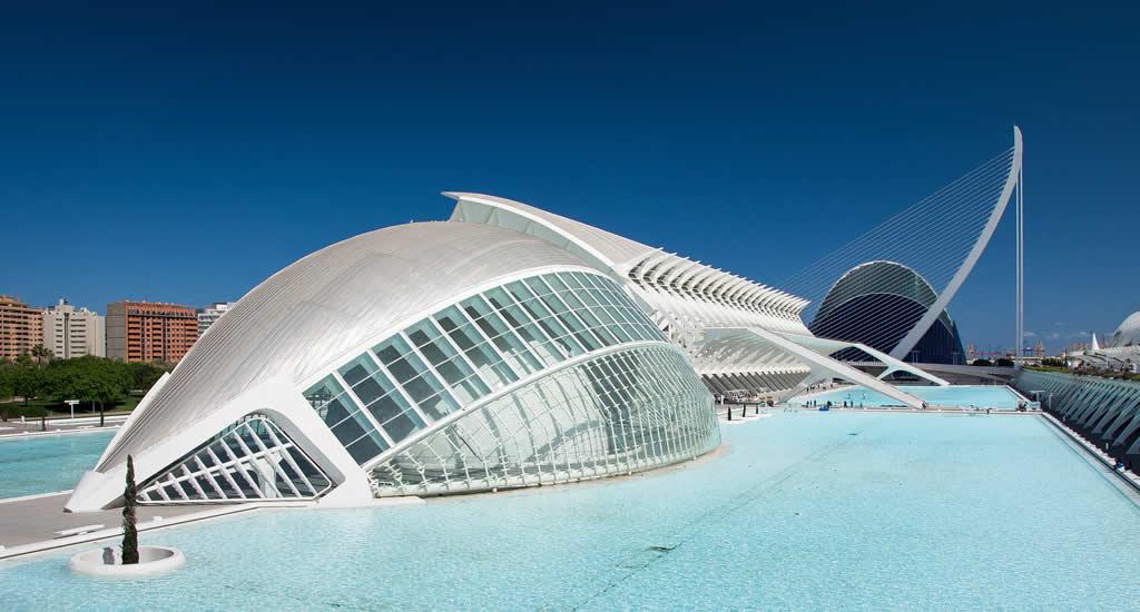 Bezienswaardigheden Valencia: Ciudad de las artes y las ciencias | Mooistestedentrips.nl