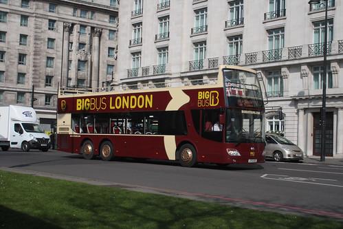 Big Bus Tours AN343 LF12ACZ