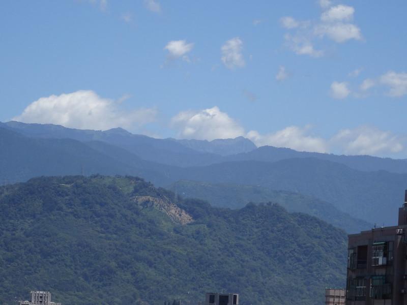 雪山圈谷02