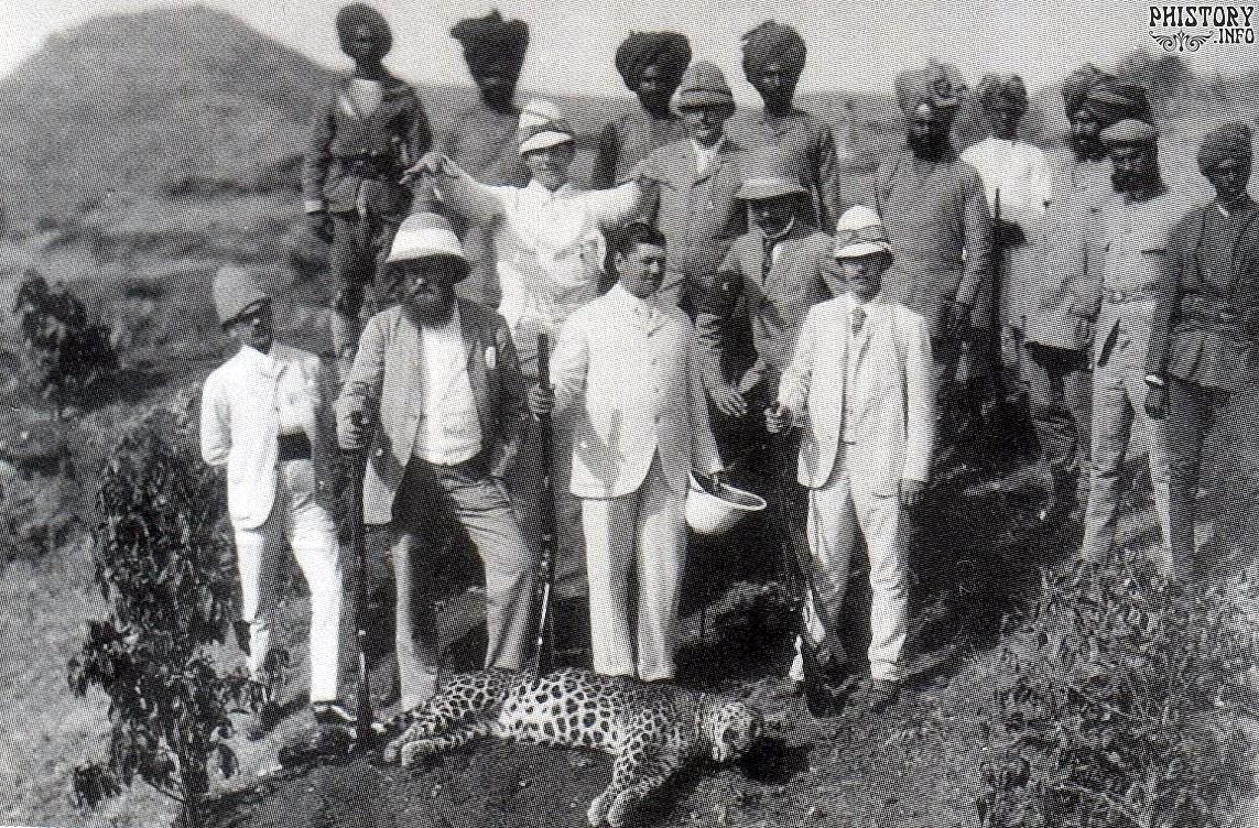 06. 1890. Индия. Цесаревич Николай охотится на леопарда