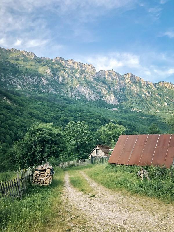 Via Dinarica days 2 & 3: Trnovacko Lake & Piva valley