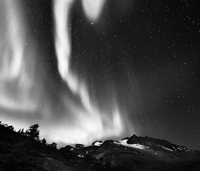 Northern Lights over Frostisen