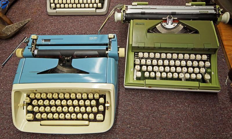 Typewriters DSC01153