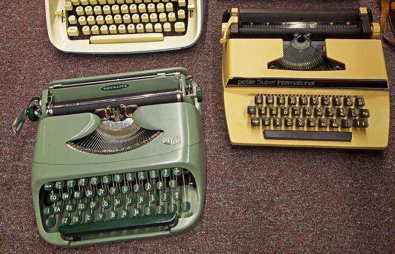 Typewriters DSC01152