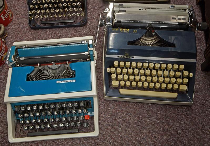 Typewriters DSC01150