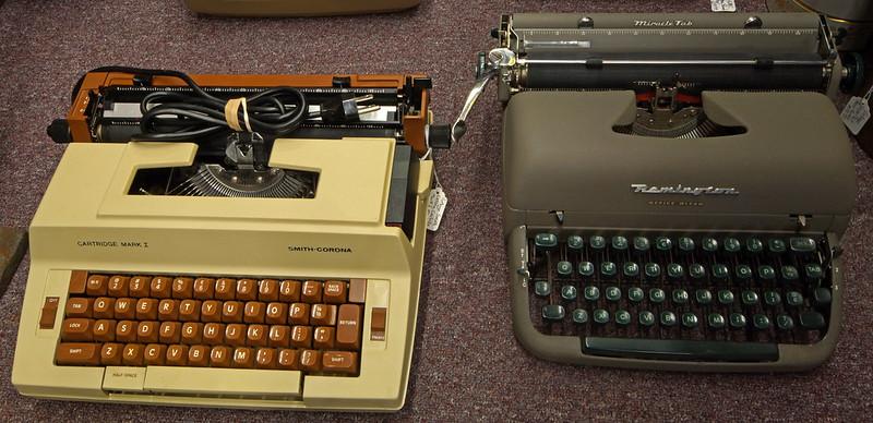 Typewriters DSC01156