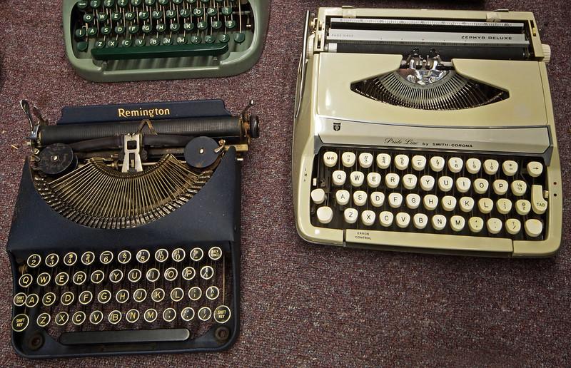 Typewriters DSC01151