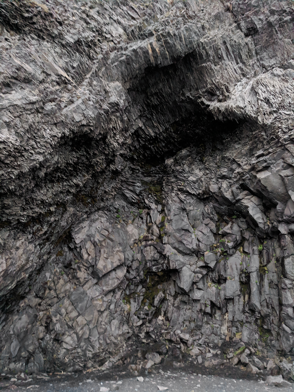 19iceland-vik-reynisfjara-blacksandbeach-travel