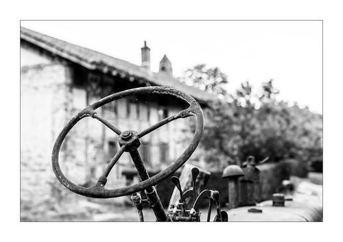 Rusty memories of the farmhouse