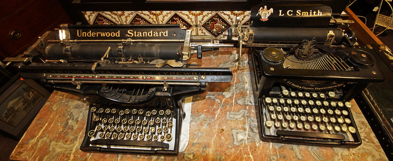 Typewriters DSC01160