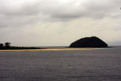 Bon-bon sandbar & Bang-og Island
