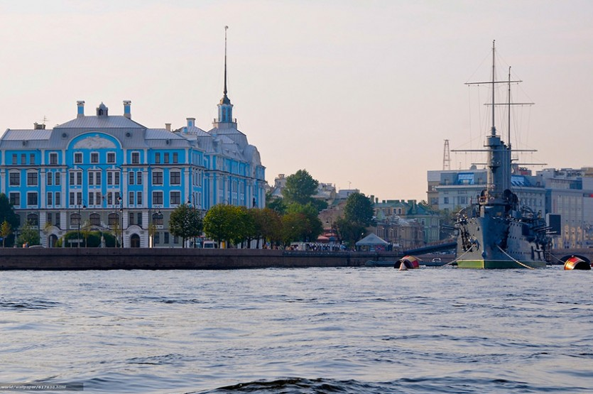 Прогулки по рекам и каналам Санкт-Петербурга