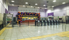 Ticket Office, turnstiles and entrance hall of the Correo Central station - Línea E