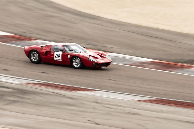 Panning on a Ford GT