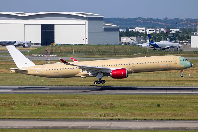 Virgin Atlantic - Airbus A350-1041 F-WZNY (G-VPRD) @ Toulouse Blagnac