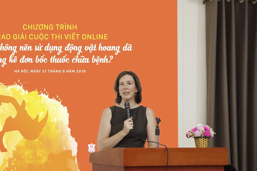 駐越南Traffic組織(Sarah Ferguson)在頒獎典禮發表