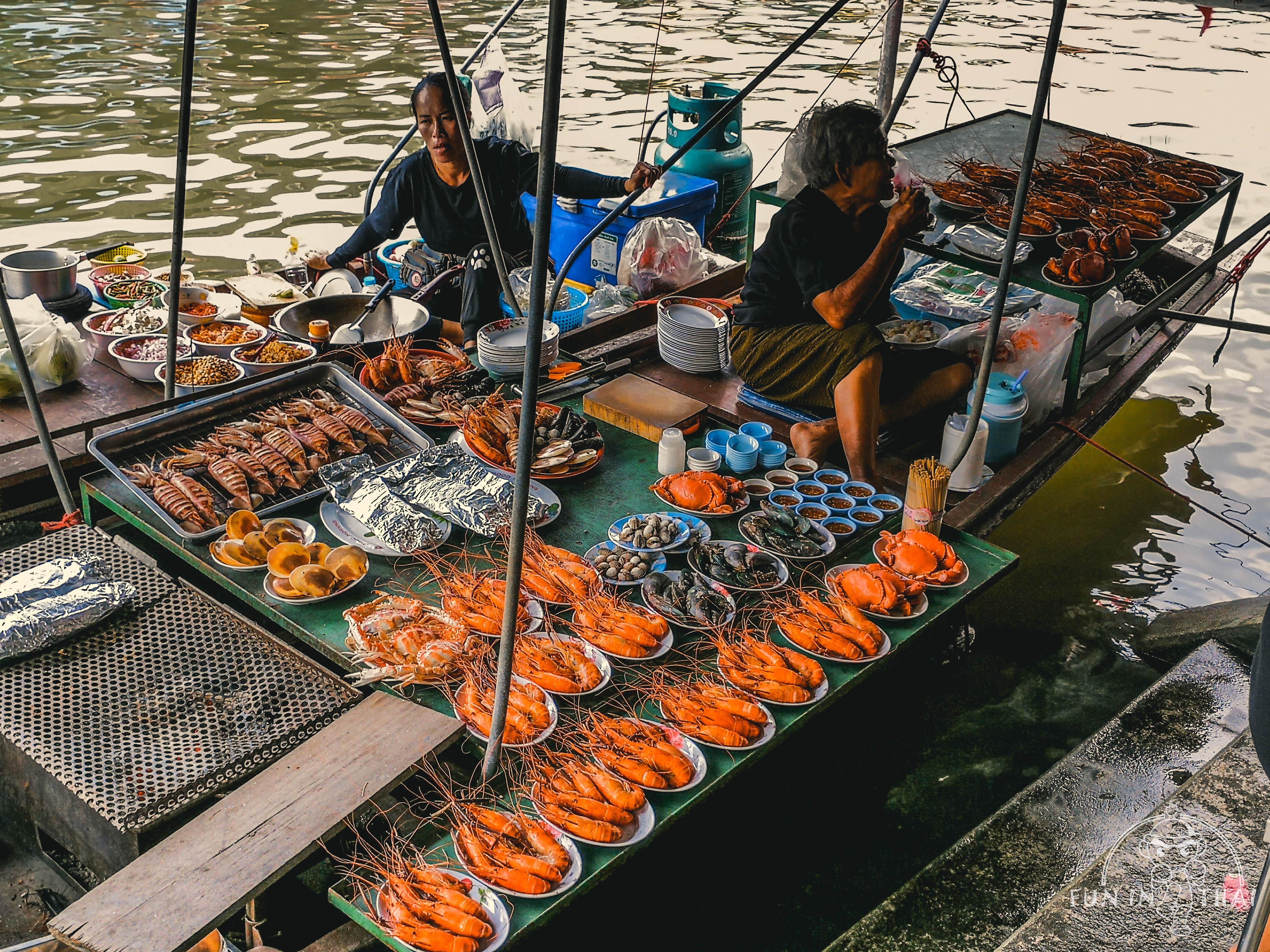 安帕瓦水上市場