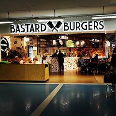 Titta, #Bastard finns på Arlanda också! Nommiga burgare...