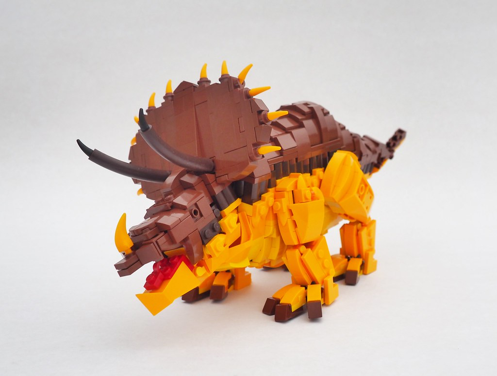 Triceratops Leo (custom built Lego model)