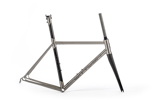 WITTSON Titanium Frame with Carbon Seattube 239