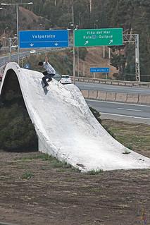 Andrés Galaz. Kickflip.