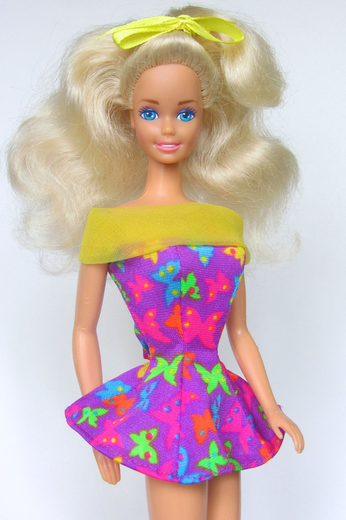 Fashion Play Barbie 1991 (european version), China