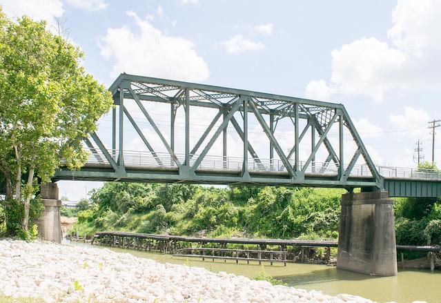 GH&H Railroad Bridge over Buffalo Bayou 1907171312