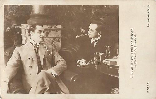 Gunnar Tolnaes and Gerhard Jessen in Lykkelandet (1919)