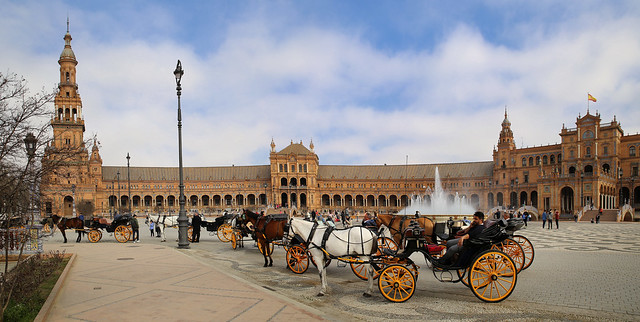Horses & Carriages at Plaza de España