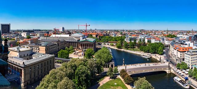 Blick vom Berliner Dom über die Museumsinsel Richtung Norden