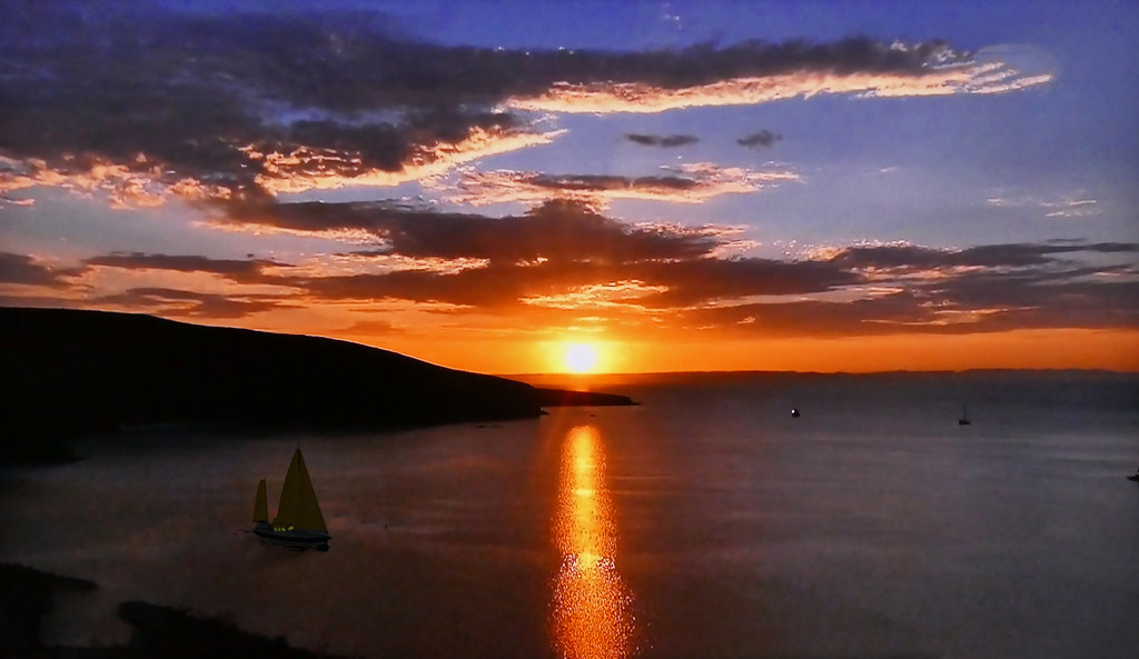 French Polynesia - Sunset on the sea