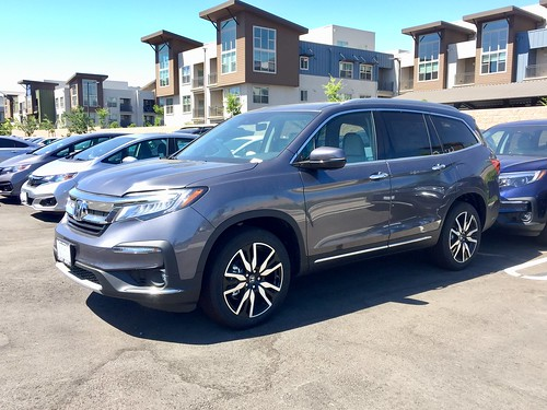 2019 HONDA PILOT TOURING Photo