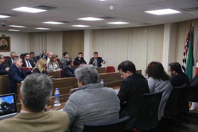 18.07.2019 - O Financiamento Político no Brasil - Comissão Direito Eleitoral