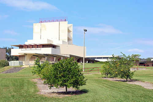 trees college architecture campus unitedstates florida chapel franklloydwright historical lakeland modernarchitecture orangetrees