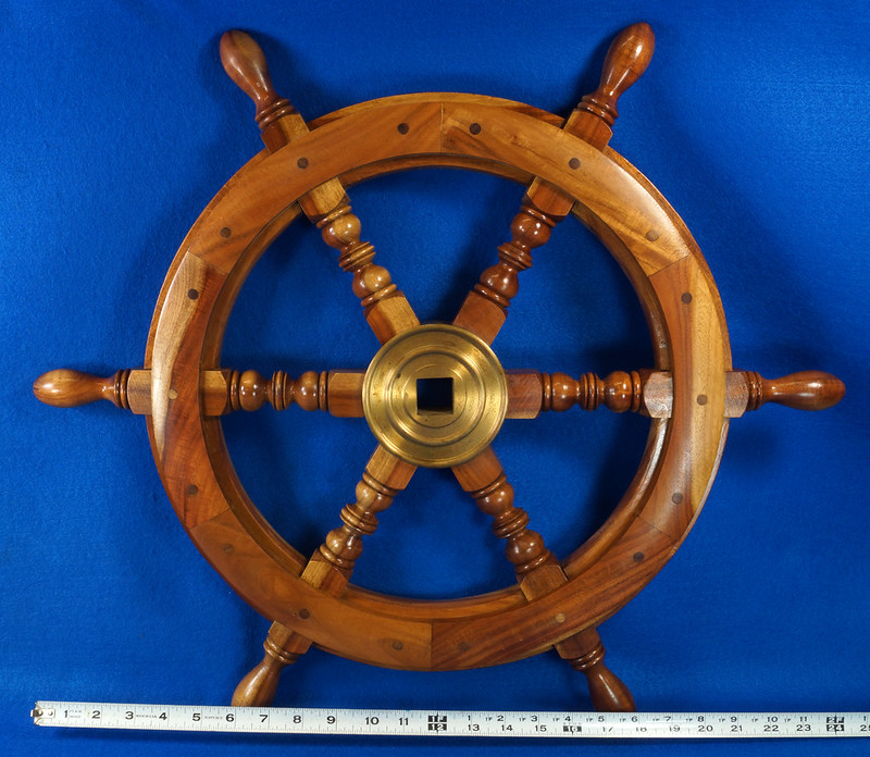 RD28874 Vintage 24 inch Wooden Ships Wheel Boat Helm Brass Center Nautical Decor DSC01162