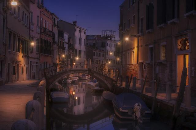 Venetian paths 169(Fondamenta de borgo)