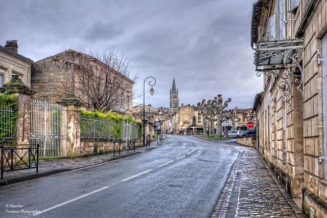 Rue d'entrée à Saint-Émilion