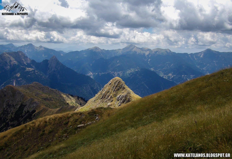 ευρυτανικα τοπία βουνά βουνοκορφές πίνδος