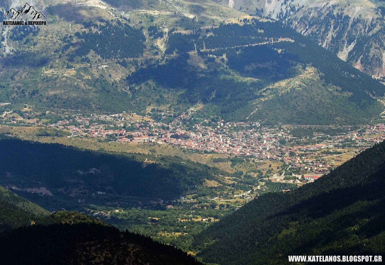 καρπενησι ευρυτανια θέα από βουνό χελιδόνα