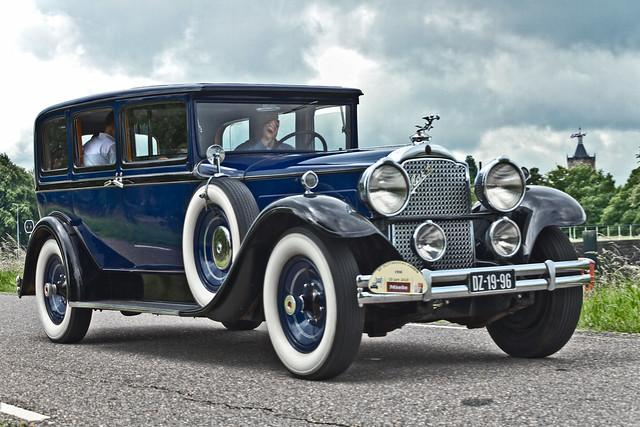 Packard 740 Sedan 1930 (6671)
