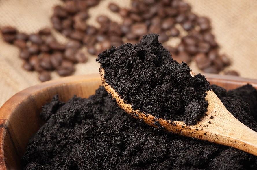Used-coffee-grounds-889x591